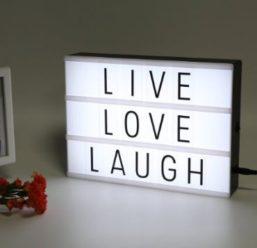 Ofertita! Letrero luminoso con letras por 5€