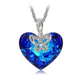 CHOLLAZO! Collar mariposa con SWAROVSKI por 26.34€