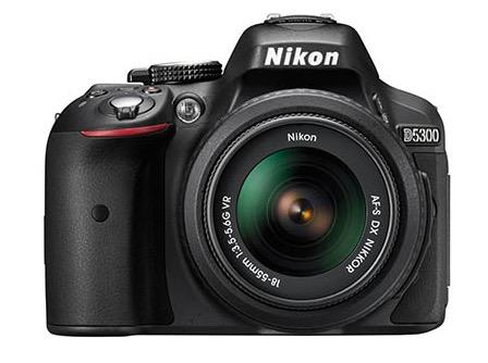 Chollo Ebay EU! Nikon D5300 + objetivo AF-P DX 18-55mm VR por 399€