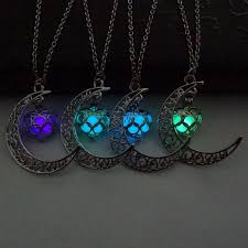 OFERTITA! Collar Luna piedra luminosa por 0,89€