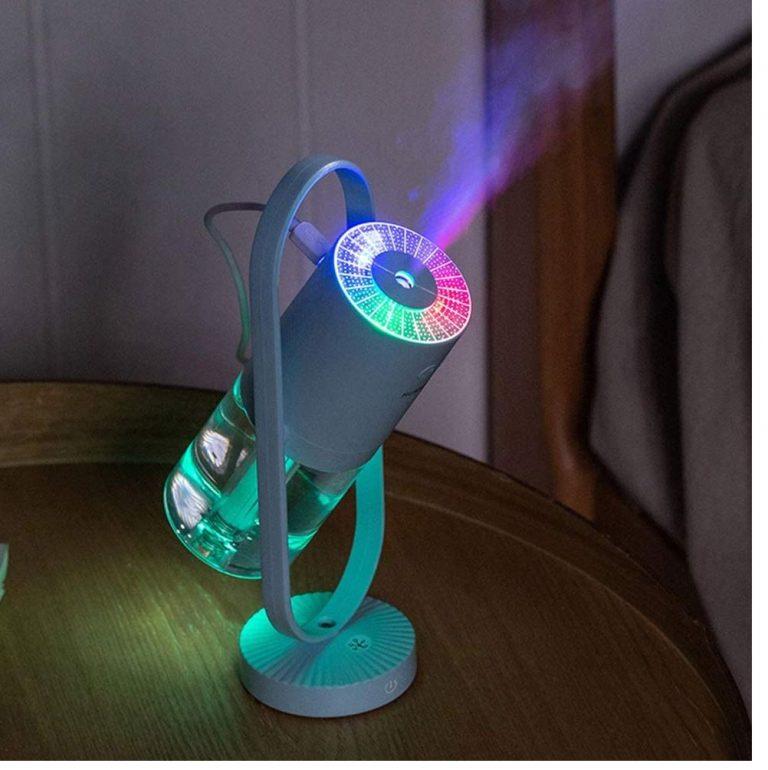 OFERTA AMAZON! Mini humidificador giratorio con lampara de proyeccion a 15€